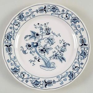2 NIKKO Ming Tree Blue Luncheon Plates / 9 in